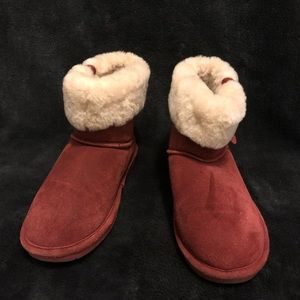 Red Bear Paw boots